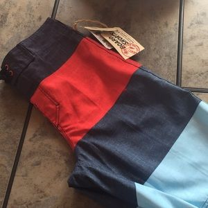 New with tags vans board shorts for men